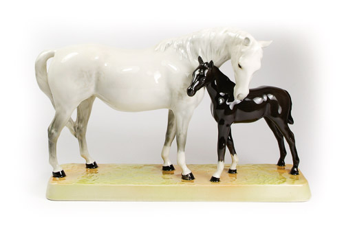 Beswick Mare and Black Foal model number 1811