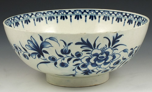 Early 18th Century Worcester Porcelain